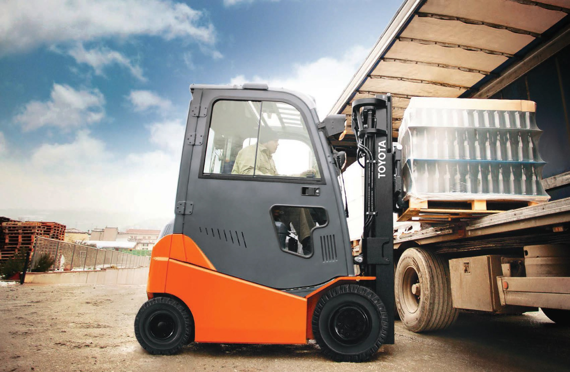 Electric forklift for outdoor use.