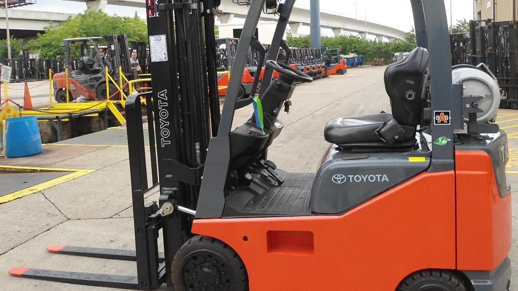 Toyota Industrial Equipment 8FGCU15